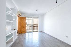 Apartment for sale in Murcia.