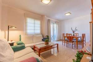 Flat for sale in Polop, Alicante.