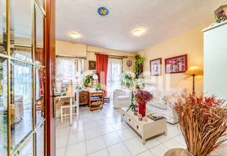 Flat for sale in Zaragoza.