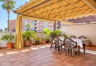 Flat for sale in Cubelles, Barcelona.