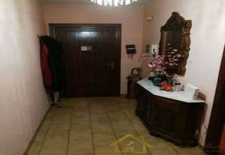 Flat for sale in Lugo.